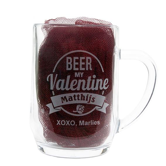 Bierpul gegraveerd als Valentijnscadeau